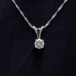 diamond-solitaire-pendant