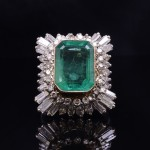 10K Emerald and Diamond Cocktail ring