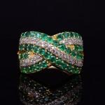 18kyg Emerald and Diamond Fashion Band